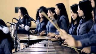 getlinkyoutube.com-Cuando cae la lluvia - Grupo femenino de marimba de Malacatancito