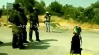 getlinkyoutube.com-Lihatlah Anak Perempuan Palestine Berani Bercakap Benar Depan Tentera Regim Israel