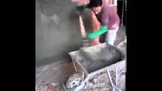 getlinkyoutube.com-اسرع عامل بناء