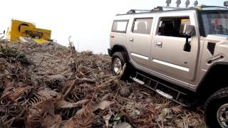 getlinkyoutube.com-Realistic RC experience _ Heavy Transport Benz Hummer H2 self-loader wrecking image story