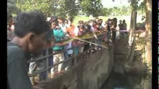 getlinkyoutube.com-วัตถุประหลาดในบ่อน้ำ จ.สุราษฎร์ธานี