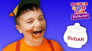 getlinkyoutube.com-Kids Play Prank on Dad | Johnny Johnny Yes Papa | Mother Goose Club Playhouse Kids Video
