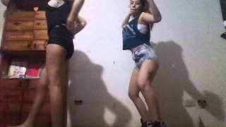getlinkyoutube.com-Agustina Cepeda & laanaaty Bailando A lo sexy, Dale con to :O