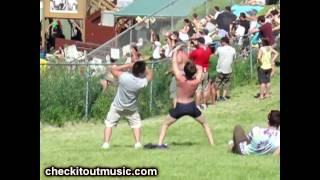 Guy Dancing on the hill at Sasquatch! Full Version! Santogold Unstoppable