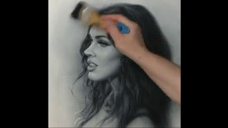 getlinkyoutube.com-Portrait drawing Megan Fox. How to draw by dry brush.  Сухая кисть
