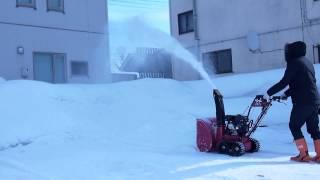 getlinkyoutube.com-中国VS日本の除雪機 雪姫vsYS870-JT