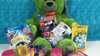 getlinkyoutube.com-Blind Bag Palooza Round 4 Frozen Spongebob WWE Dog Tags Shopkins Soft Spots LPS MLP Fashems Chibis U