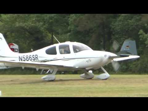 Cirrus SR22, N586SR landing Virginia Beach Airport 5/18/13