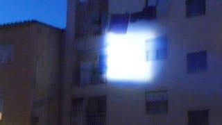 getlinkyoutube.com-Ultrafire CREE XM-L T6 2000lm Zoomable LED Flashlight Suit Demo