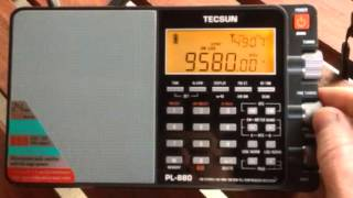 getlinkyoutube.com-Comparing the Tecsun PL-880 with the PL-660 when confronted with adjacent signal interference