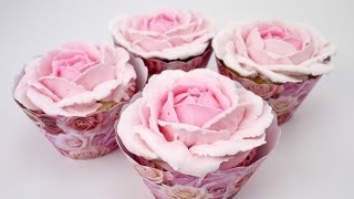 How to pipe beautiful buttercream roses