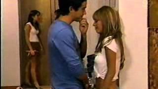 getlinkyoutube.com-Rebelde Capitulo 210 - Miguel le devuelve el dinero a Téo; Mia y Miguel casi se besan