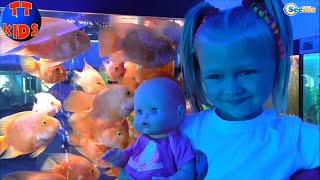 getlinkyoutube.com-✔ Nenuco Doll and Yaroslava are having a good time in the Oceanarium. Ярослава Часть 1 Серия 48