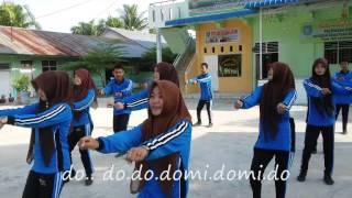 getlinkyoutube.com-Lirik Maumere @ gemufamire XI.3 SMK Kesatuan Meranti