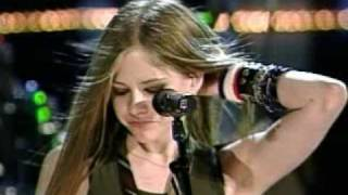 Avril Lavigne-Losing Grip (Live)