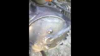 getlinkyoutube.com-Otomotif - Cara Mengkilapkan Mesin Motor