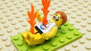 getlinkyoutube.com-Lego Sunbathing