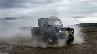getlinkyoutube.com-The End of Land Rover Defender. An enthusiasts tribute at Red Wharf Bay