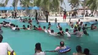 getlinkyoutube.com-Sunway Lagon Karachi Pakistan Rohingya Arakan