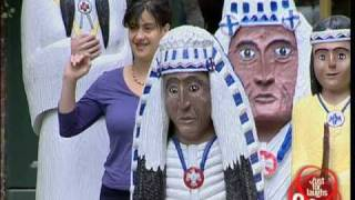 Just for laughs gags - American Indian photo prank