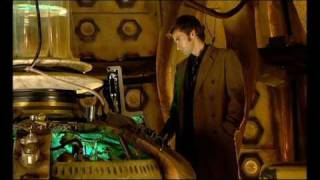 getlinkyoutube.com-Doctor Who: The Girl in the Fireplace