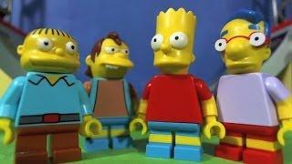 getlinkyoutube.com-LEGO SIMPSONS Bart and the gang go to the Skate park.