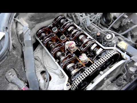 Раскоксовка двигателя и замена прокладки клапанной крышки на мерседес-бенц c 180