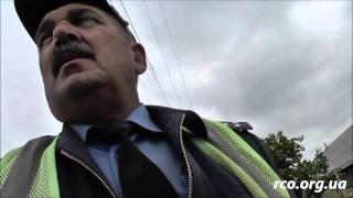 getlinkyoutube.com-Гаишник получил в грудь, аж кепка слетела