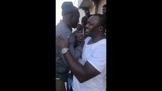 """(Vidéo) Après son combat contre Gouy Gui: Siteu le """"Tarkinda"""" se rend chez Modou Lô pour…"""