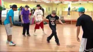 getlinkyoutube.com-Shaq vs Justin Bieber - Dance-Off