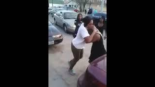 getlinkyoutube.com-Pelea Callejera entre Mujeres Negras Increible Street Fighter women black