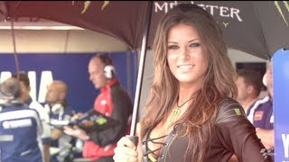 getlinkyoutube.com-MotoGP Grid Girls
