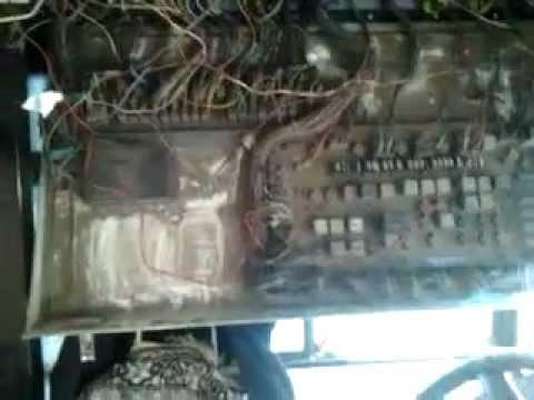Где предохранитель багажника в Вольво C30