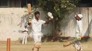 getlinkyoutube.com-Cricket record: Pranav Dhanawade hits 1009