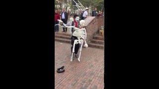 getlinkyoutube.com-Mime with Dancing Skeletons