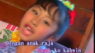 getlinkyoutube.com-Nenek Si Bongkok Tiga