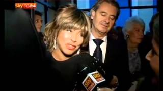 getlinkyoutube.com-Tina Turner - Giorgio Armani - One night only - Rome - 5 June 2013