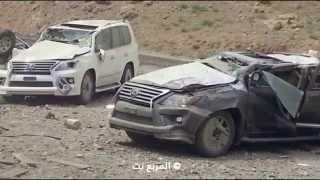 انقلاب شاحنة محملة بسيارات لكزس ال اكس 570 الجديدة أثناء نقلها الى الوكيل