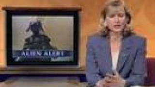 getlinkyoutube.com-Alien captured on CCTV