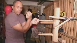 Wing Chun dummy training.wmv
