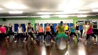 getlinkyoutube.com-LA GOZADERA | Gente de Zona ft Marc Anthony| Andrea Stella Dance Fitness