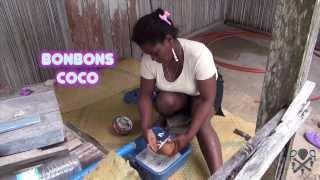 """getlinkyoutube.com-Recette des Bonbons Coco, """"spéciale"""" Côte Est de l'Île Sainte Marie, Madagascar"""