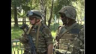getlinkyoutube.com-Polskie kamizelki kuloodporne dla ukraińskiej Gwardii Narodowej Ostrzał z SWD