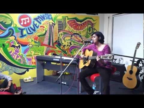 Nandini Srikar - Bhare Naina (Unplugged) at Muziclub
