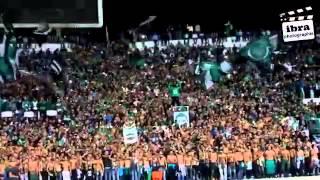 getlinkyoutube.com-جمهور الرجاء البيضاوي المغربي يغني للجزائر وللخضر ...اخوة ولن تفرقنا الفتنة