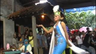 getlinkyoutube.com-KESENIAN TRADISIONAL LENGGER PURWOREJO,,traditional arts Lengger purworejo Java Indonesia