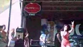 Katy Perry - Waking Up In Vegas (Live at Warped Tour)