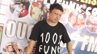 getlinkyoutube.com-O Revolver Sem Bala - Mc Zinho de BH - Dj Ricardo Gomes - Tvfunk - Dj Peterson