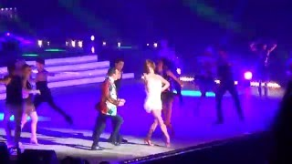 getlinkyoutube.com-Danse de groupe sur Lean On - DALS Tournée Nantes 16/01/16