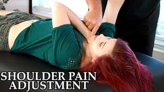 getlinkyoutube.com-Chiropractic Adjustment for Shoulder Pain, Frozen Shoulder, Chiro, Pain Referral, Muscle Testing
